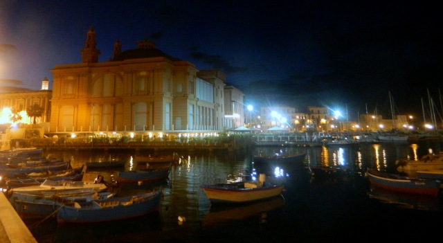 port Bari night