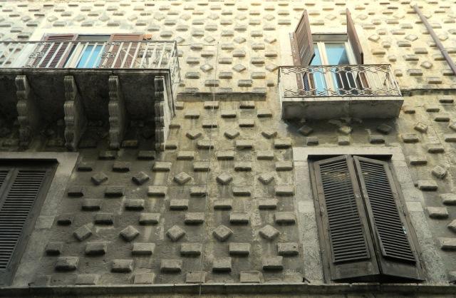 facade burglary