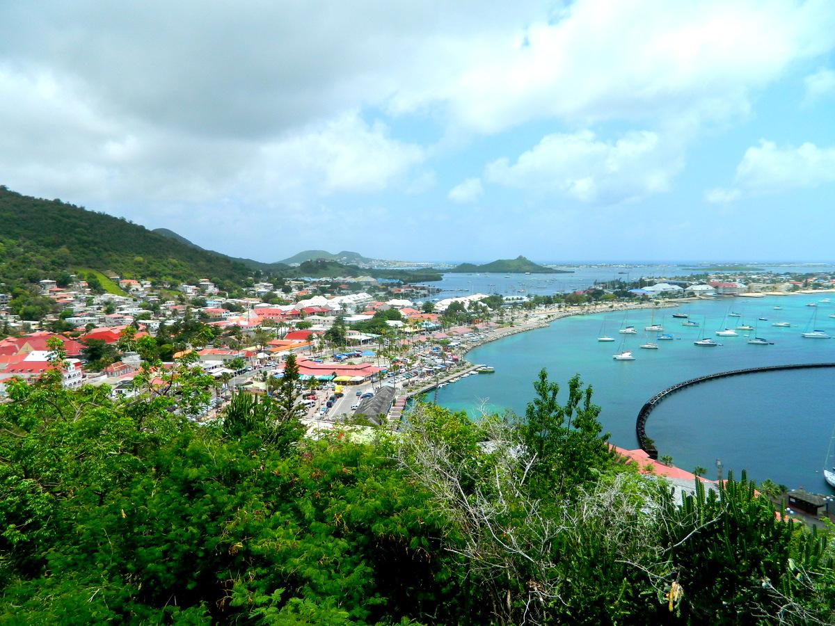 Blick auf Bucht.JPG