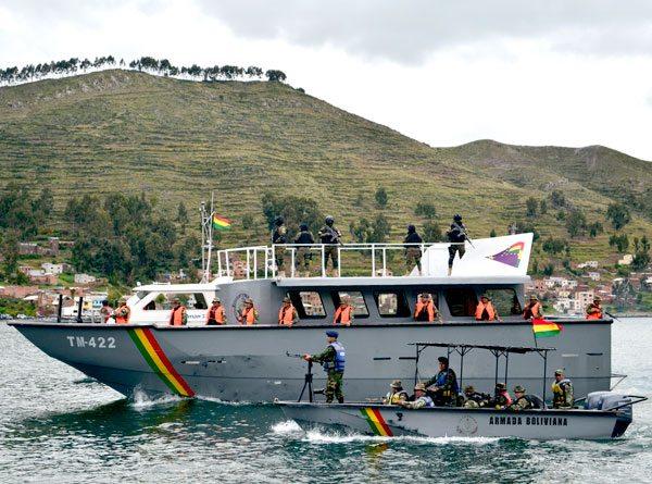 navy-boat