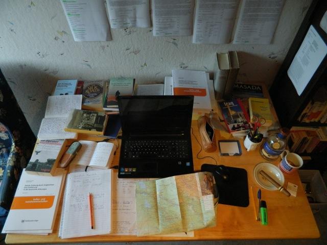 Schreibtisch Fernuni.JPG