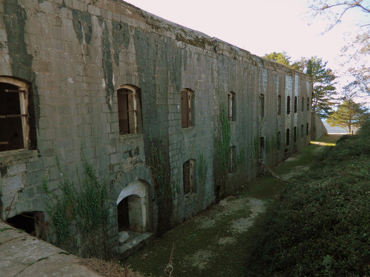 Fort1.JPG
