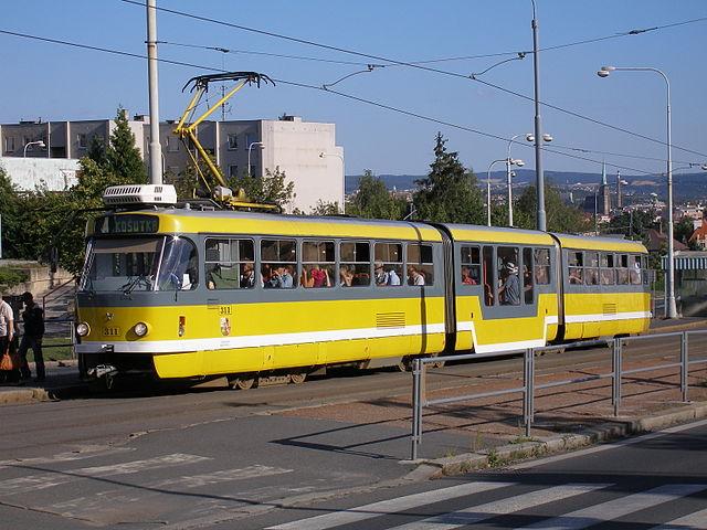 640px-tram_k3r-nt_plzen_czech_republic