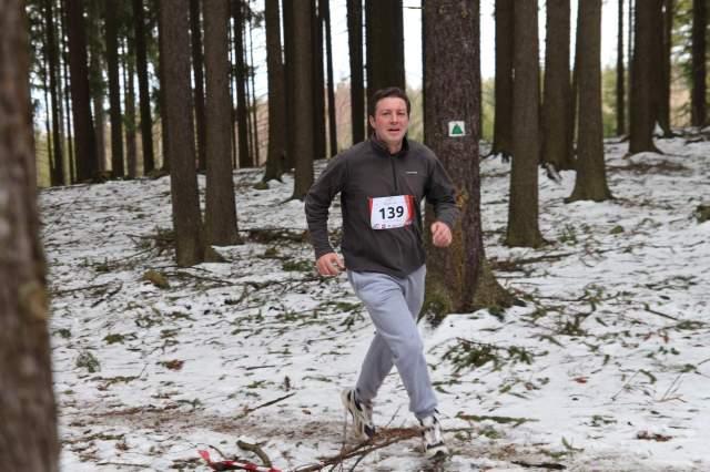 Laufen im Wald.jpg