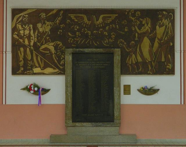 Mural Eisenbahner.JPG
