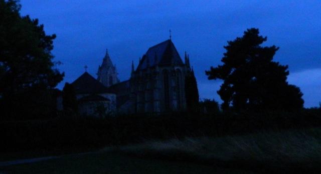 Kirche Klippe.JPG
