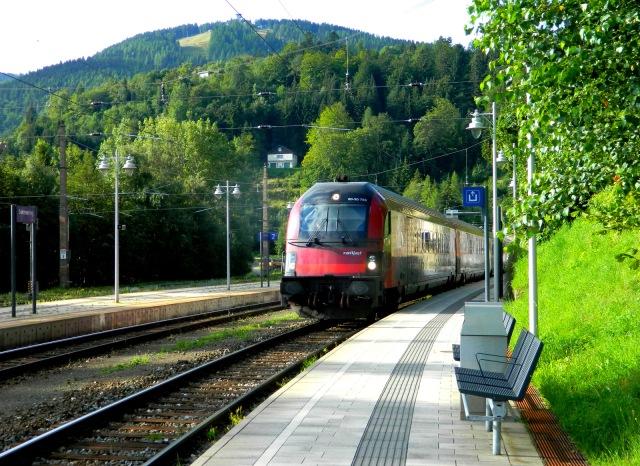 Zug in Semmering.JPG