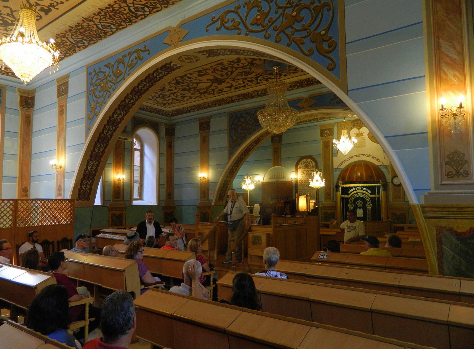 Synagoge innen 1
