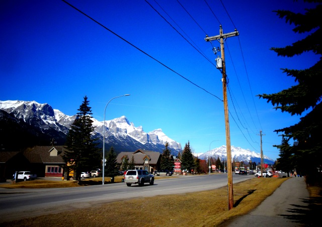 traffic in Canmore 2.JPG
