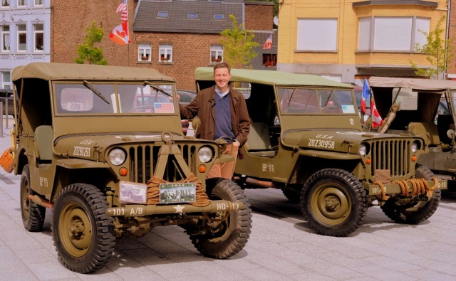 Andreas Moser Jeep.jpg