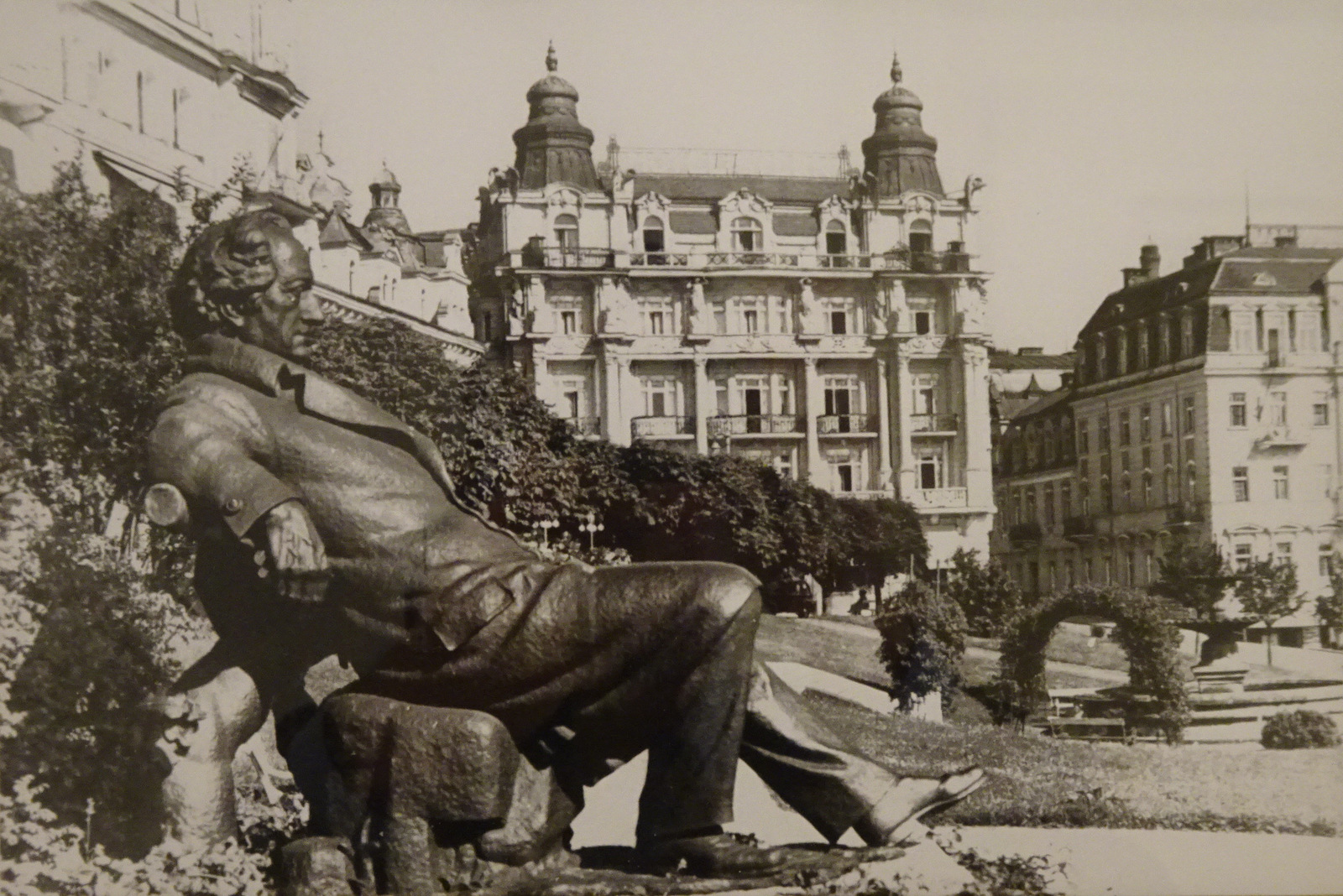 Goethestatue alt