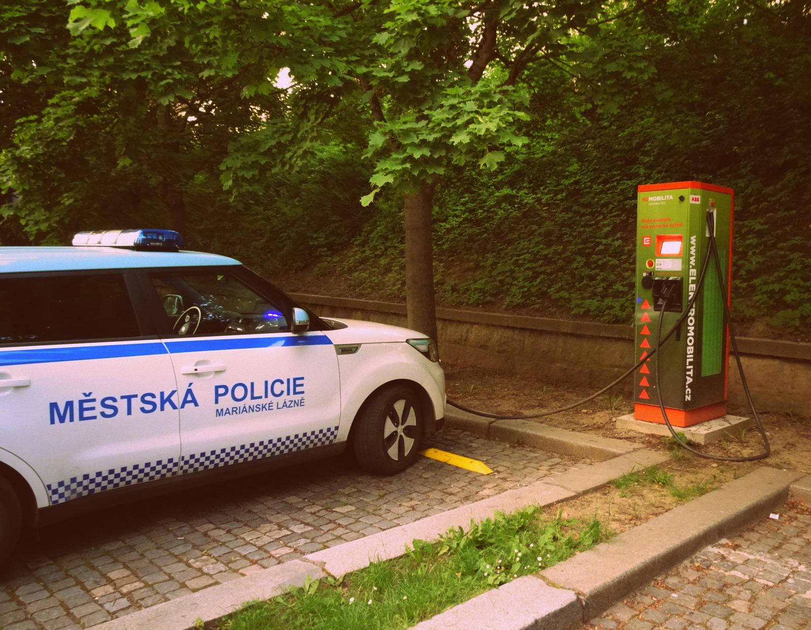 Polizei E-Auto