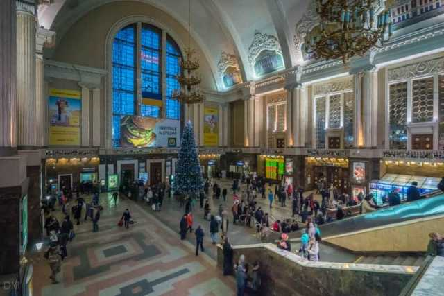 kiev-train-station-11012017-136
