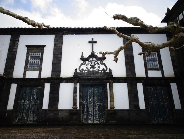 Lajes monastery
