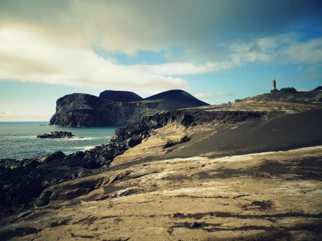 Capelinhos Blick auf Vulkan (1)