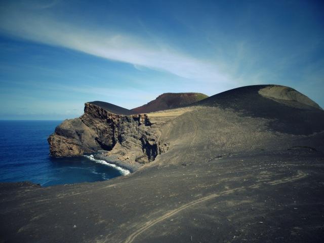 Capelinhos Blick auf Vulkan (2)