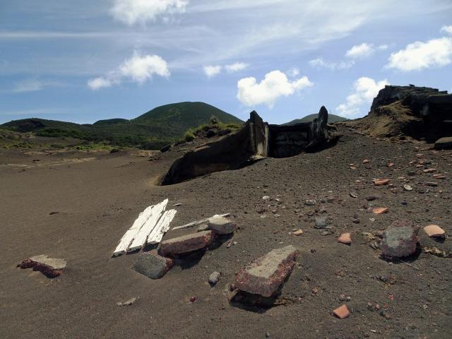 Capelinhos Ruinen (3)