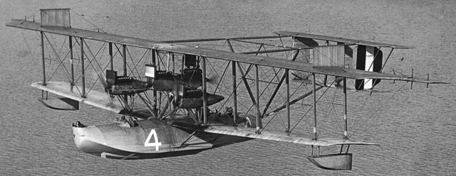 curtiss_nc-4_four_engine_configuration-detail