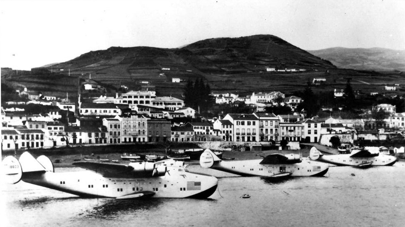 seaplanes parked in Horta